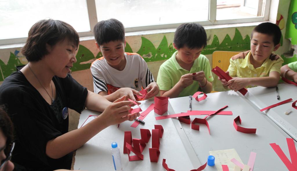折纸游戏体验数学奥秘・6月公益日